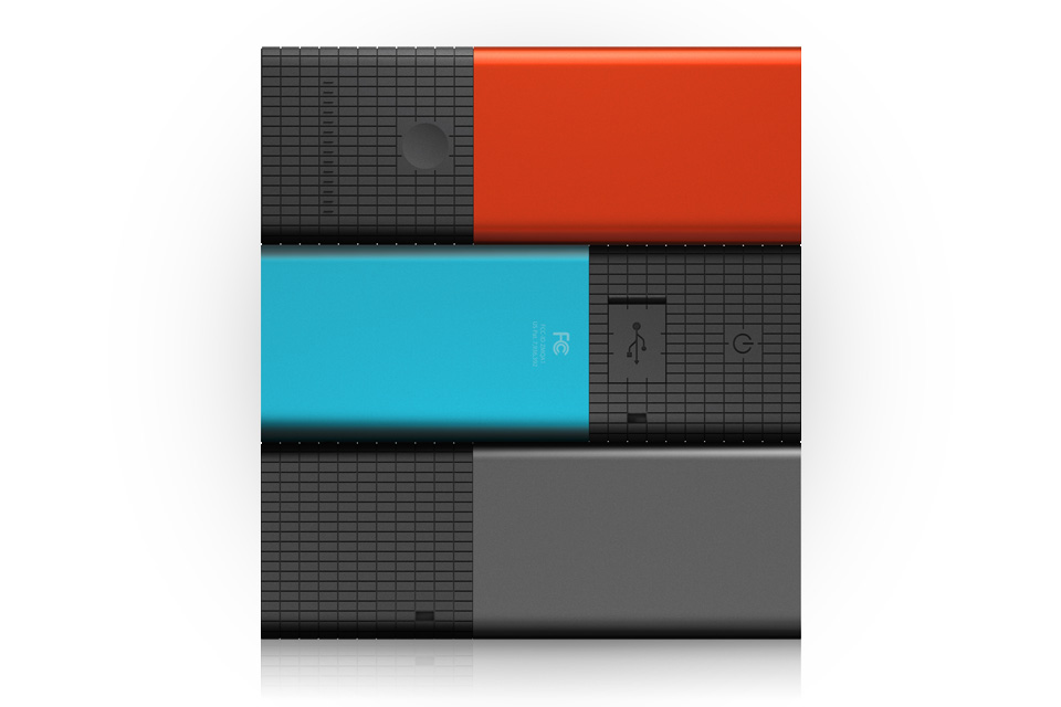 Render_Family_RedHot_ElectricBlue_Graphite